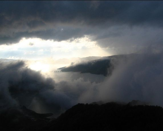 campotosto_nuvole